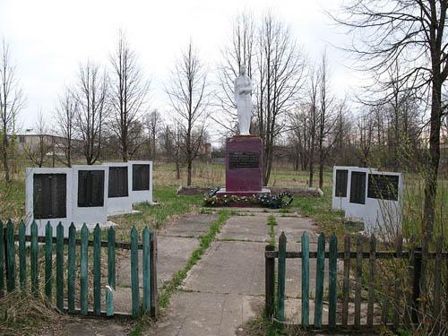 Massagraf Sovjet Soldaten Chernysheno