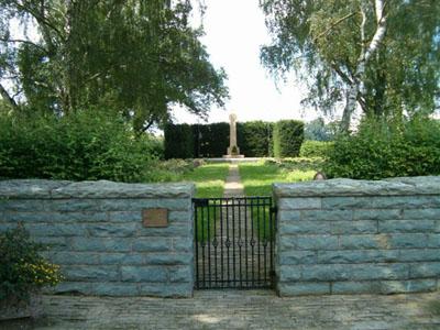 Duitse Oorlogsbegraafplaats Breuna