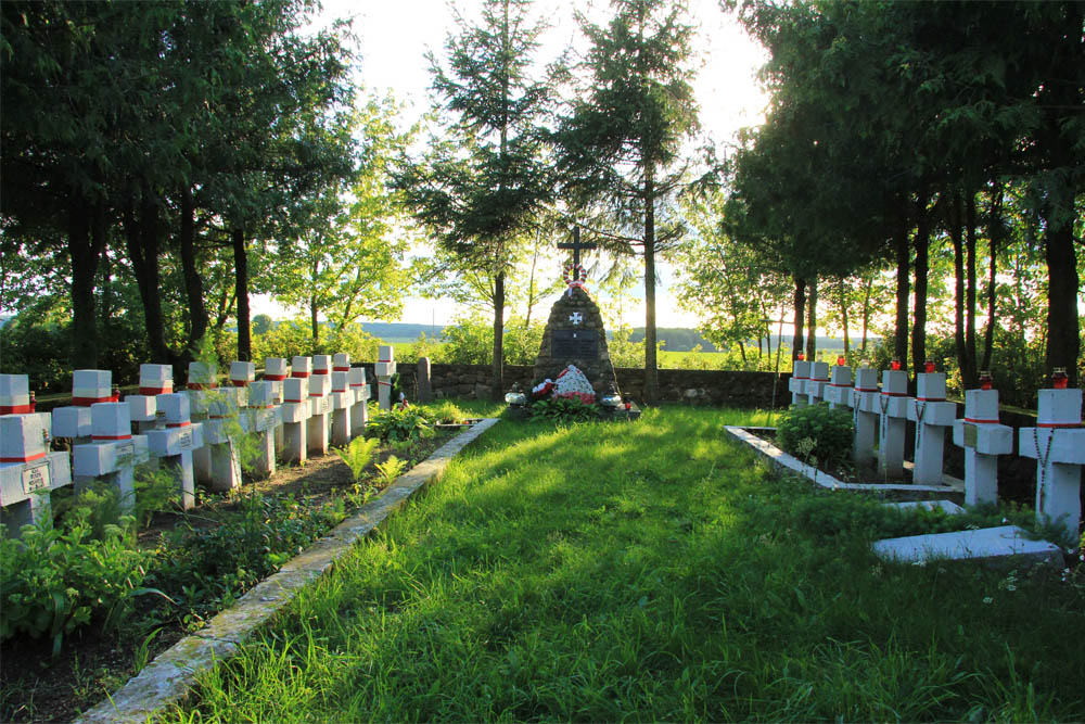 Poolse Oorlogsbegraafplaats Pelesa