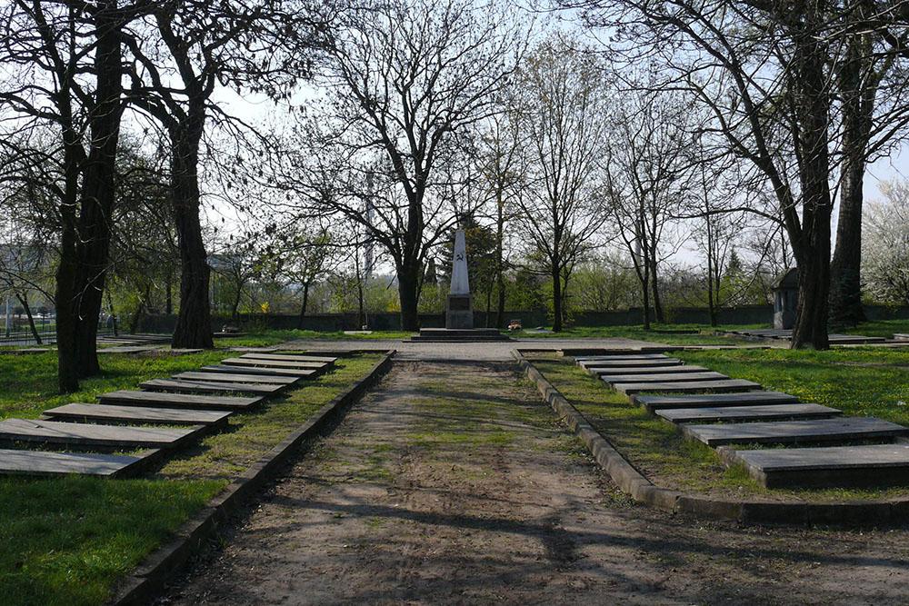 Sovjet-Poolse Oorlogsbegraafplaats Koło