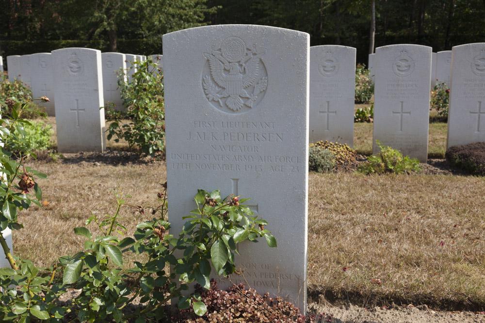 Amerikaanse Oorlogsgraven Commonwealth War Cemetery Rheinberg