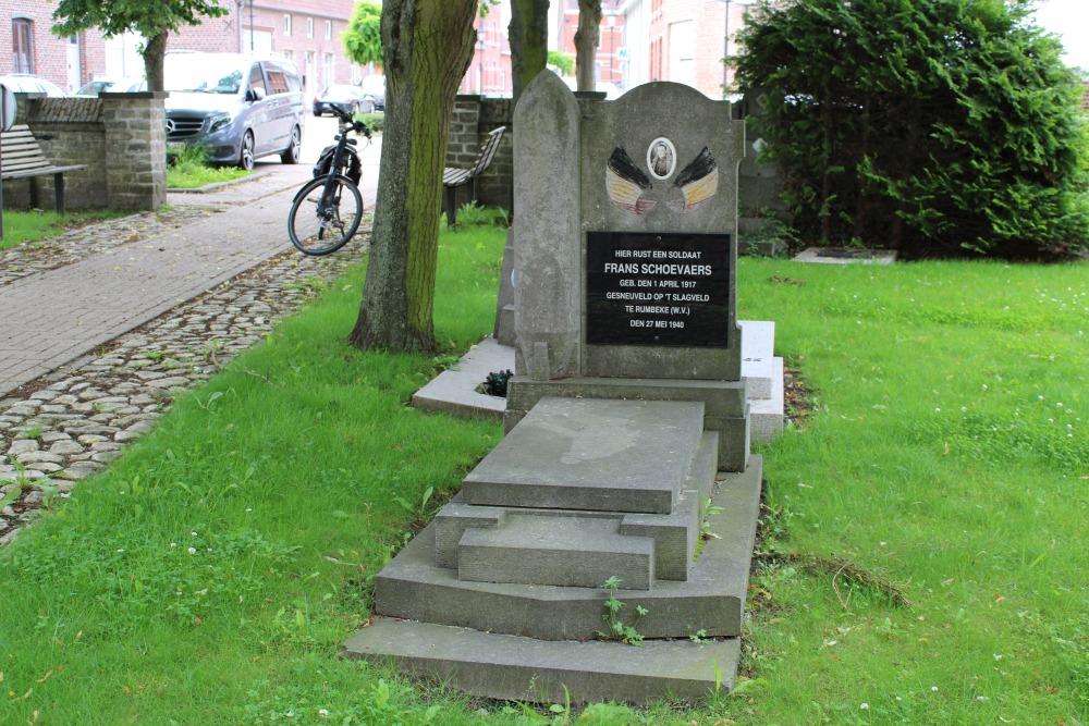 Belgische Oorlogsgraven Nederokkerzeel