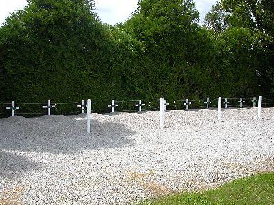 Resistance Cemetery and Memorial La Haudelinière