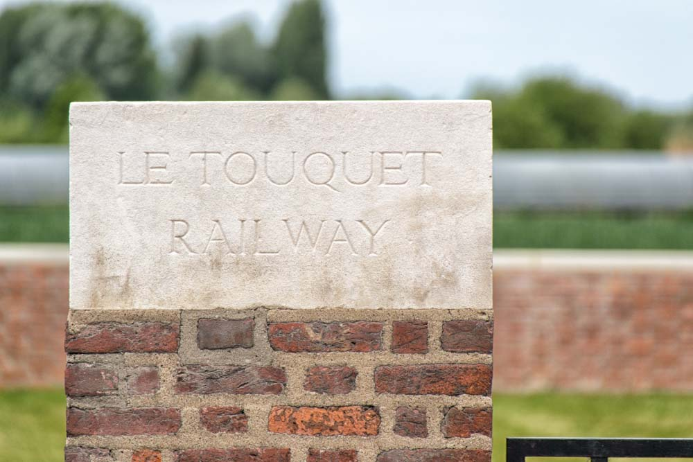 Oorlogsbegraafplaats van het Gemenebest Le Touquet Railway Crossing
