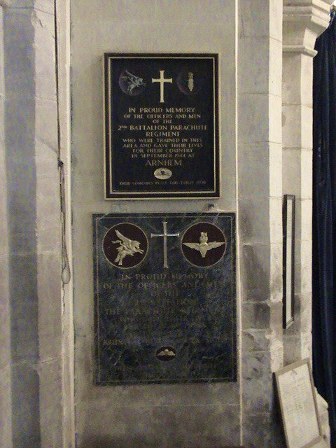 Oorlogsmonument St. Andrew and St. Mary Church Stoke Rochford