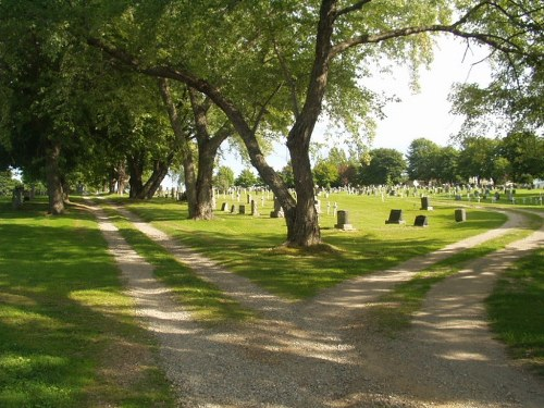 Commonwealth War Graves Sacred Heart Roman Catholic Cemetery