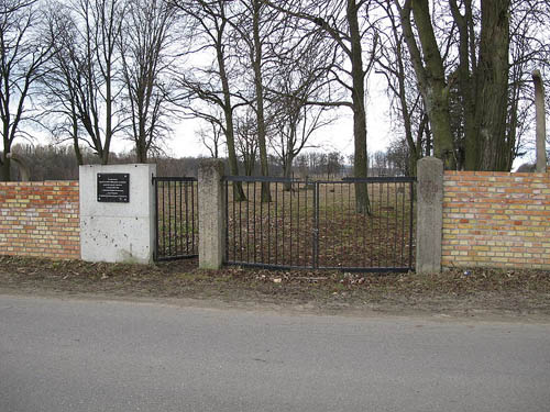 Sovjet Oorlogsbegraafplaats Choroszcz
