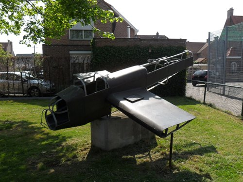 Memorial Lancaster ED840
