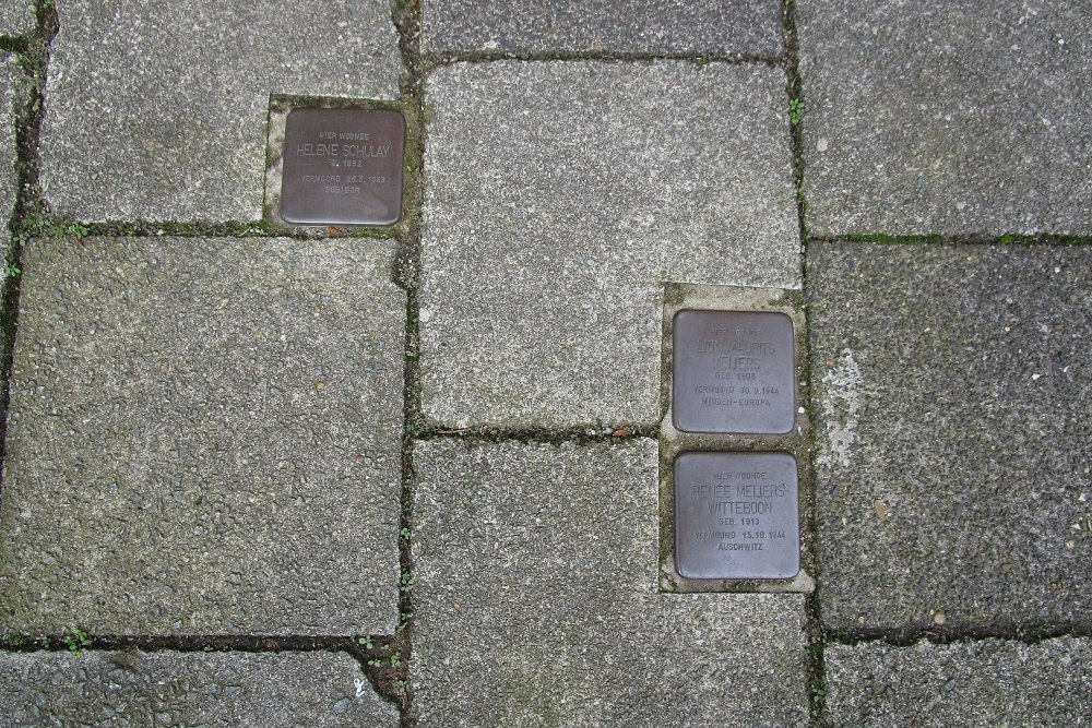 Stumbling Stones Paulus Potterstraat 31