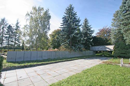 Sovjet Oorlogsgraven Pardubice