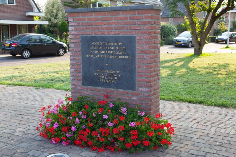 War Memorial Randwijk