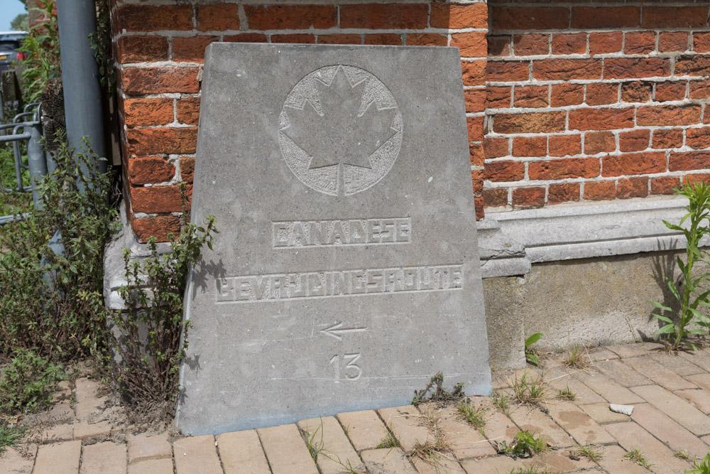 Wegmarkering nr. 13 Canadese Bevrijdingsroute