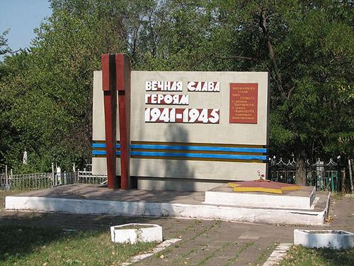 Massagraf Sovjet Soldaten Mariupol