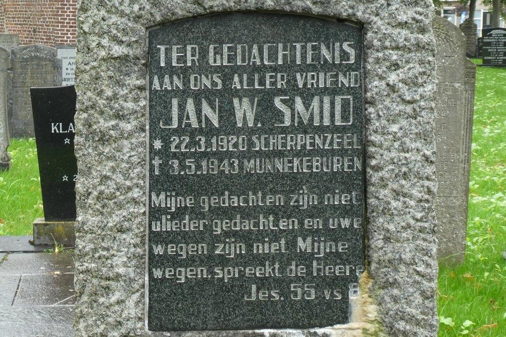 Dutch War Graves Municipal Cemetery Munnekeburen