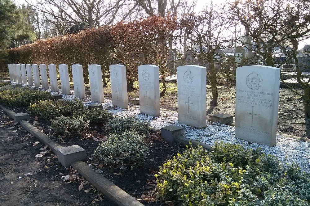 Commonwealth War Graves General Cemetery Sleen