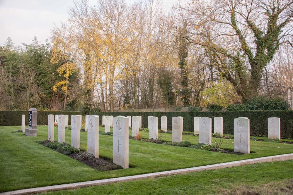 Oorlogsgraven van het Gemenebest Kerkhof Stelen
