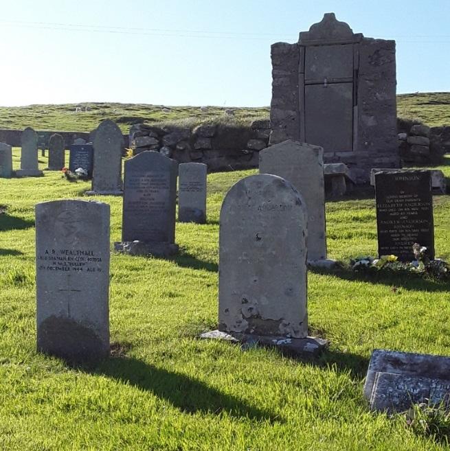 Oorlogsgraven van het Gemenebest Esha Ness Old Cemetery