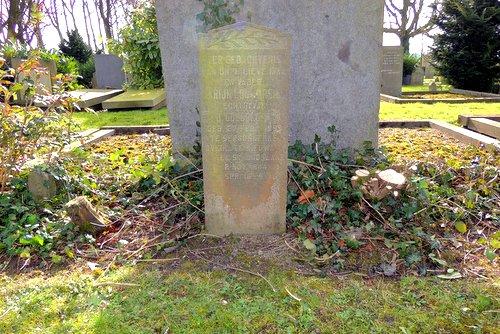 Nederlandse Oorlogsgraven Nieuw en St. Joosland