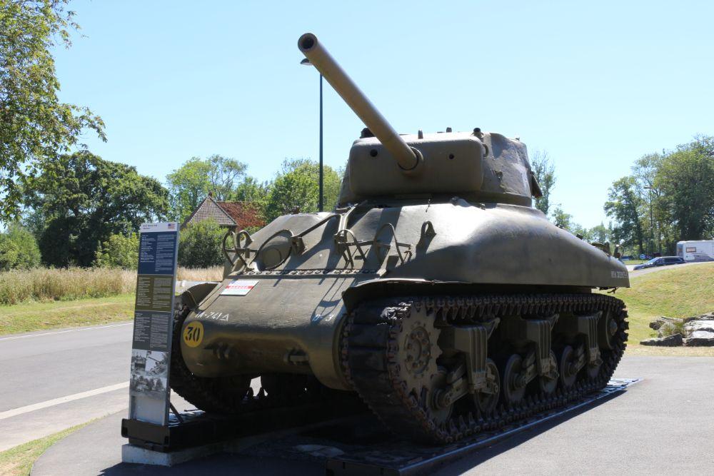 M4A1 Sherman Tank Colleville-sur-Mer