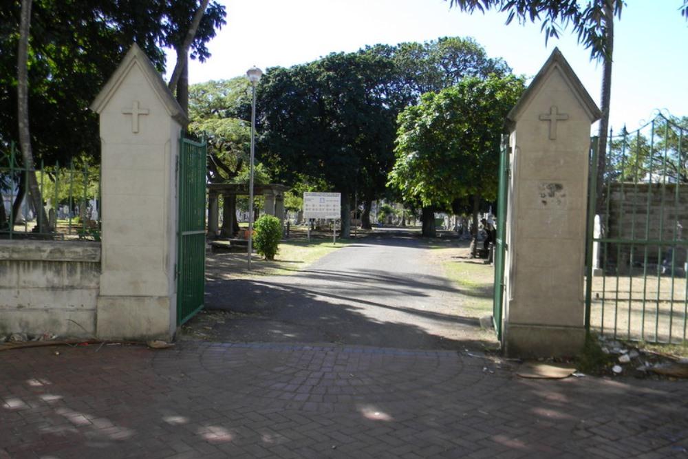 Commonwealth War Graves West Street Cemetery