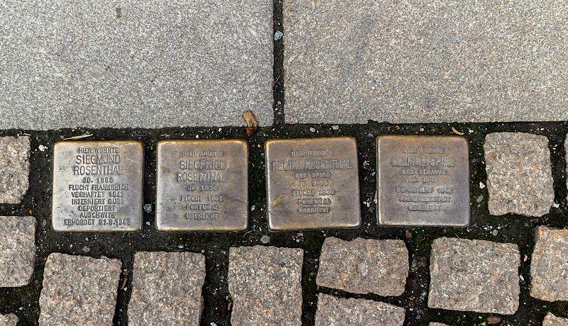 Stumbling Stones Breite Straße 11
