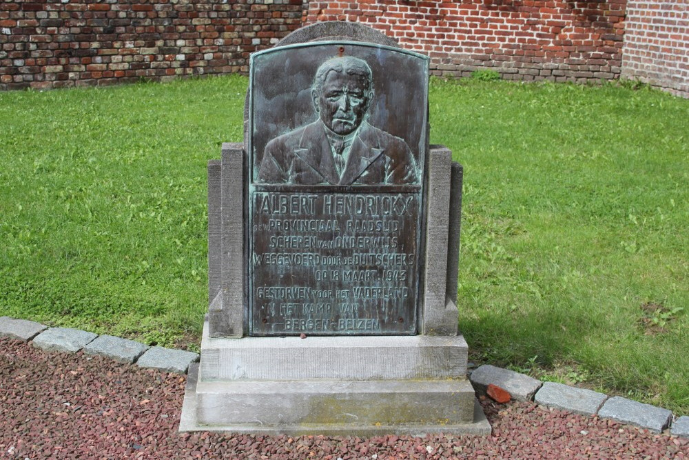 Memorial Albert Hendrickx Outgaarden