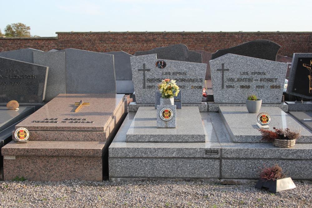Veteran War Graves Avernas-Le-Bauduin