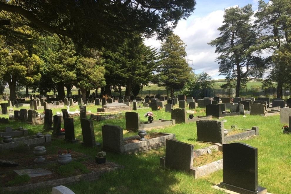 Oorlogsgraven van het Gemenebest Bryn-Y-Gaer Cemetery