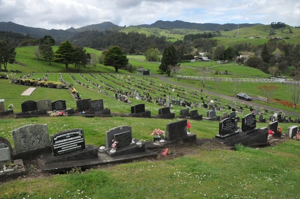 Commonwealth War Graves Paeroa Public Cemetery