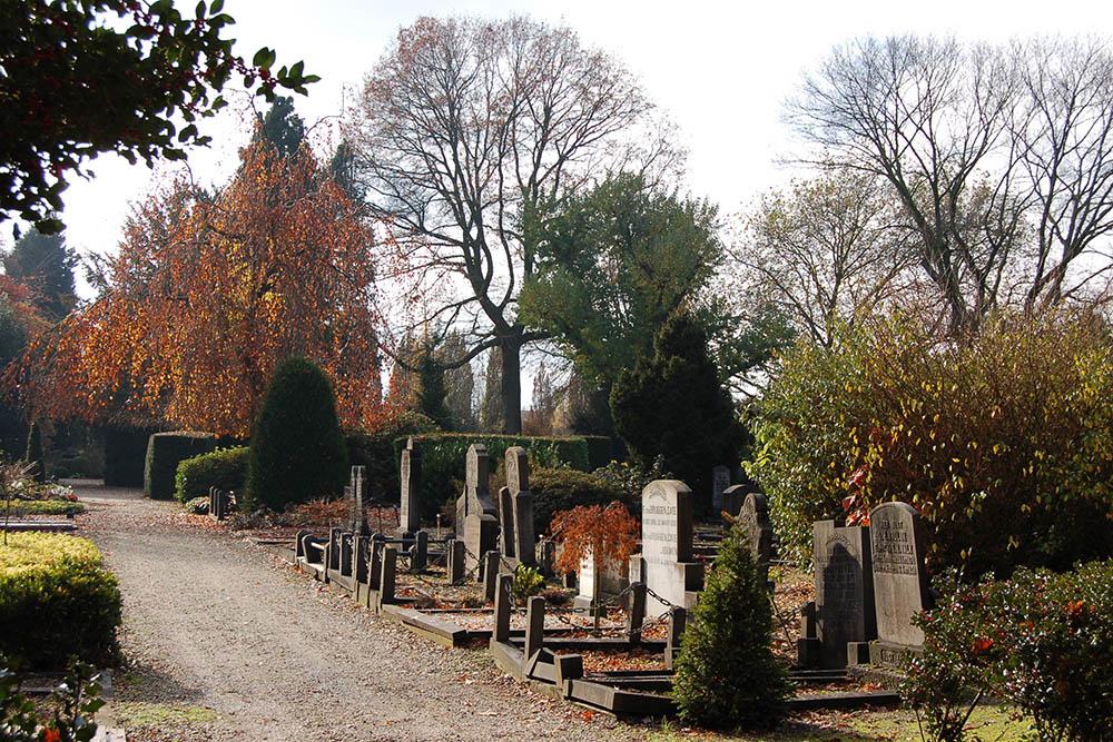 Nederlandse Oorlogsgraven R.K. Begraafplaats Hengelo
