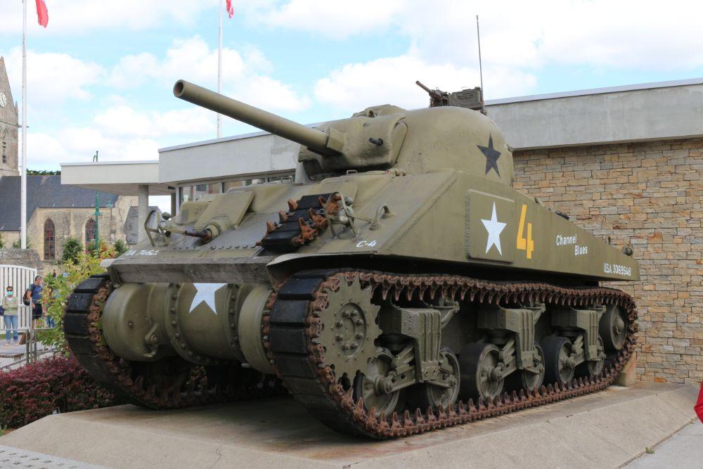 M4A1(76)W Sherman Tank Sainte-Mère-Eglise