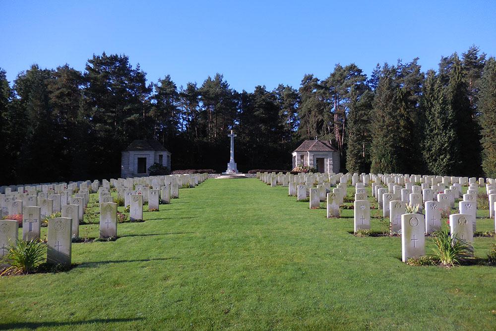 Sovjet Oorlogsgraven Oorlogsbegraafplaats van het Gemenebest Becklingen