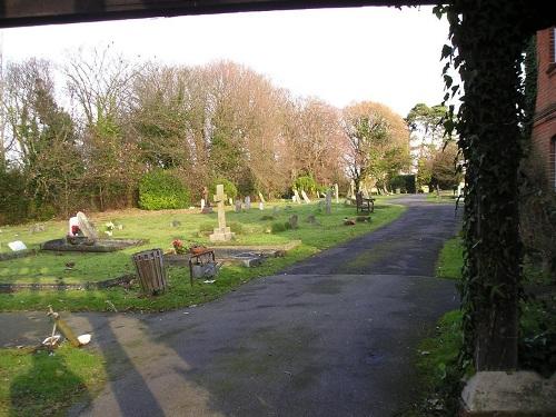 Commonwealth War Graves St Paul Cemetery