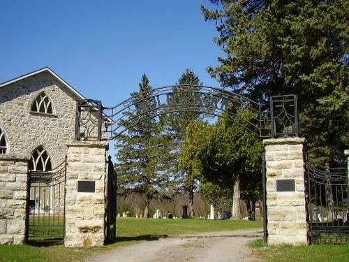 Commonwealth War Graves Auld Kirk Cemetery