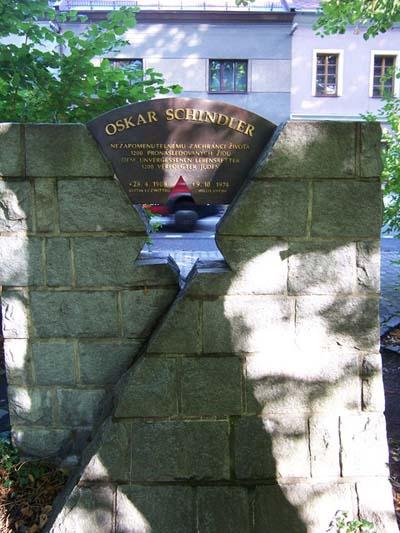 Monument Oskar Schindler Svitavy