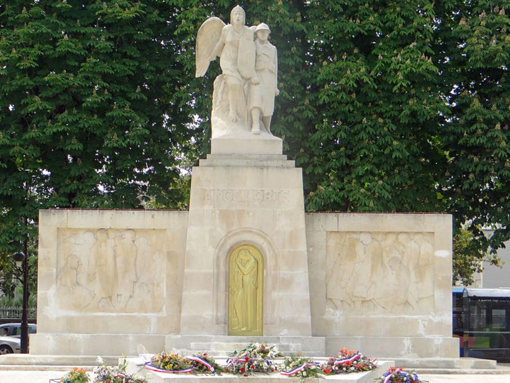 War Memorial Agen