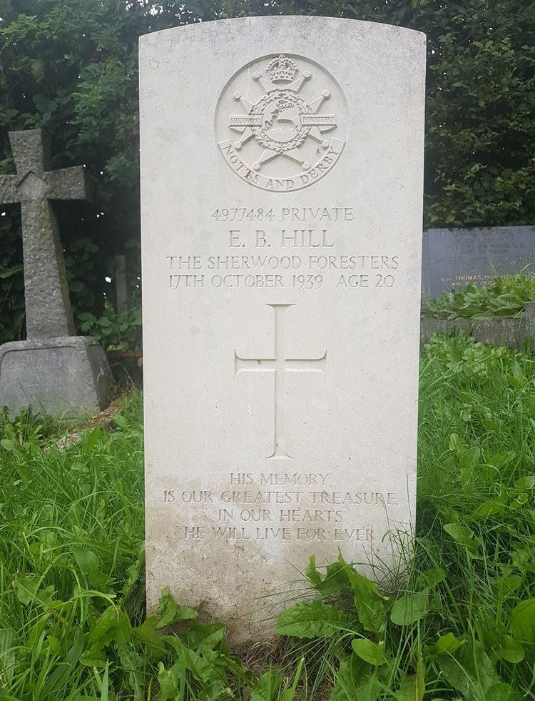 Commonwealth War Grave White Knowle Methodist Chapelyard