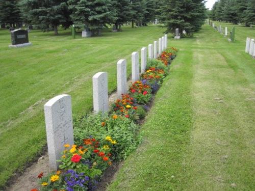 Commonwealth War Graves Innisfail Cemetery