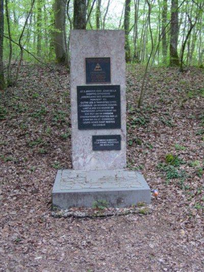 Monument Gesneuvelde Tankbemanning Sherman