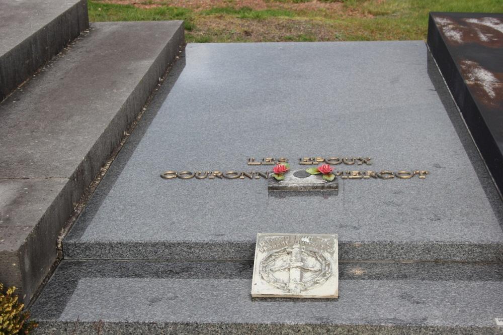 Veteran War Graves Vieux-Genappe