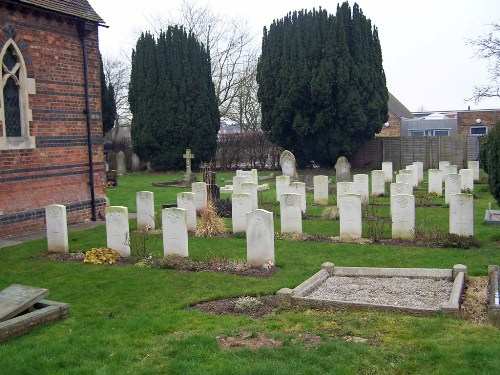 Commonwealth War Graves St. Stephen Churchyard