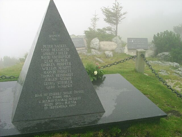 Memorial Helicopter-crash 17 September 1997