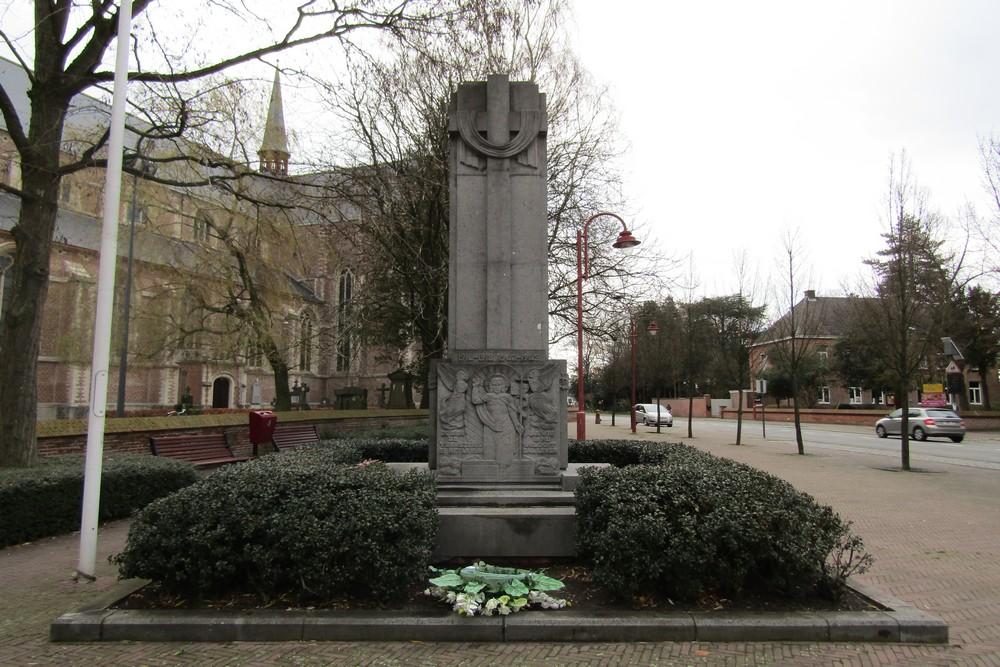 War Memorial Sint-Lenaarts