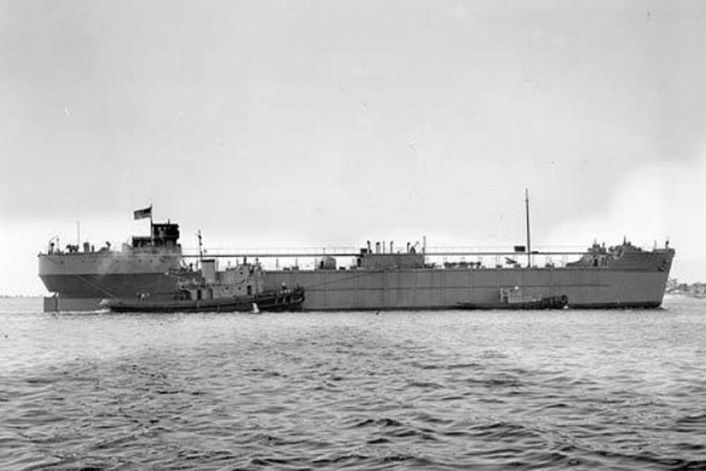 Shipwreck U.S.S. YO-159