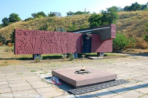 Oorlogsmonument & Tombe van de Onbekende Soldaat