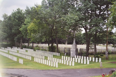 Commonwealth War Graves Mount Royal Cemetery