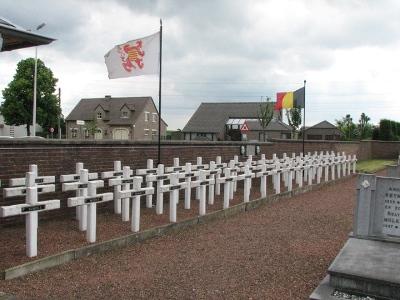 Oorlogsmonument Begraafplaats Zichen-Bolder