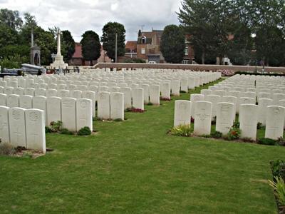 Oorlogsgraven van het Gemenebest Merville Extension