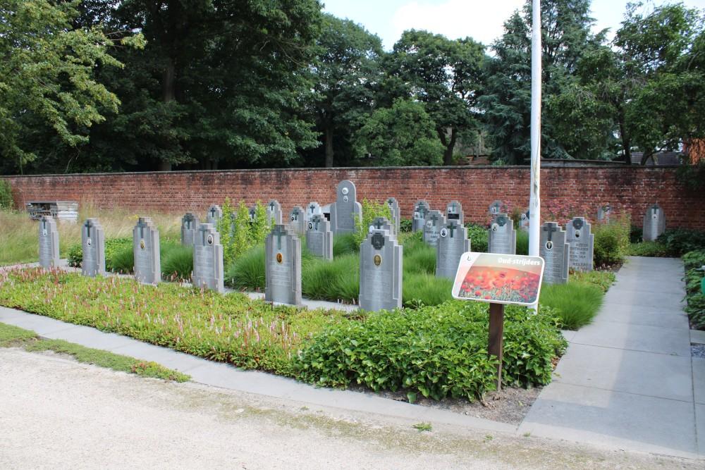 Veteran Cemetery Koersel Stal