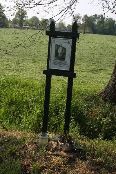 Memorial Leslie Pulfrey